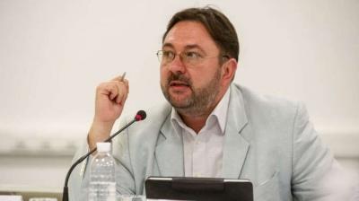 «Ви всі – ніхто»: у мережу злили скандальний спіч лектора «Слуг народу» в Трускавці