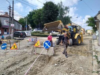 Скільки вже витратили грошей на ремонт вулиці Руської в Чернівцях
