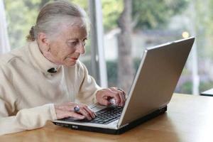 Українці відтепер зможуть оформляти пенсію онлайн