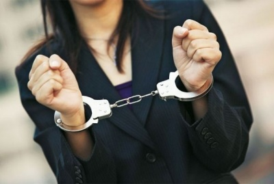 У Чернівцях очевидці затримали жінку за крадіжку