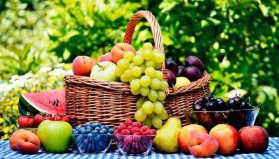 Що купувати на ринку в серпні: 10 сезонних фруктів та овочів