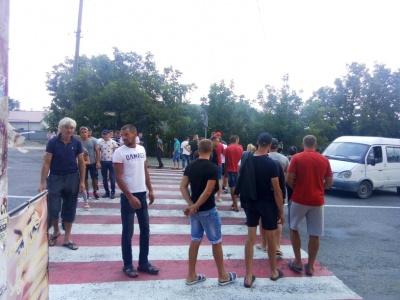 У Кіцмані пікетувальники завершили блокування траси: Пуршага обіцяє ремонт доріг з понеділка