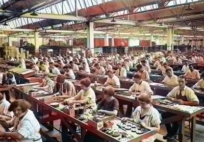 Анекдот дня: про директора заводу в СРСР
