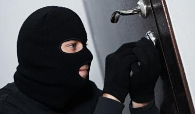 Анекдот дня: про квартирного злодія
