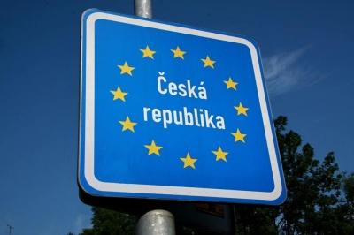 У Чехії змінилися правила видачі робочих карт українцям