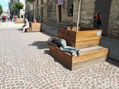 У Львові митимуть безпритульних, щоби не відлякували туристів