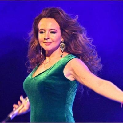Чернівецька співачка Ірина Стиць запрошує на сольний концерт