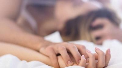 Три техніки, які зроблять оргазм незабутнім