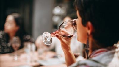 Вчені розповіли про спосіб пити без похмілля