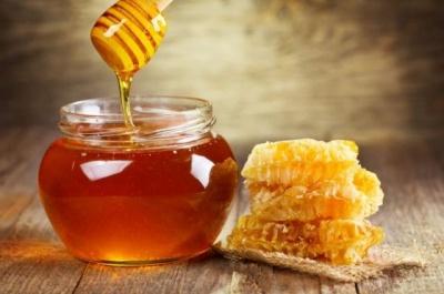 Лікарі розповіли, скільки меду можна з'їдати без шкоди для фігури