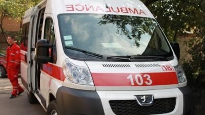 На Буковині молодий чоловік отруївся ліками при спробі суїциду