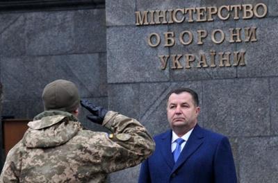 Міноборони виплатить військовим обіцяні премії — Полторак