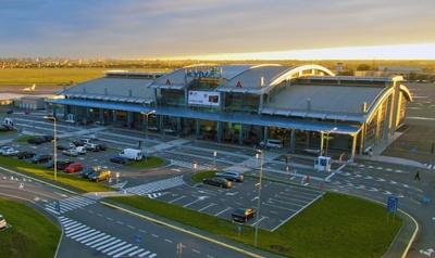 Київський міжнародний аеропорт Жуляни закриють у вересні