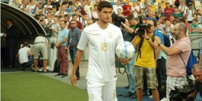 Українська футбольна збірна вперше в історії зіграє у білій формі
