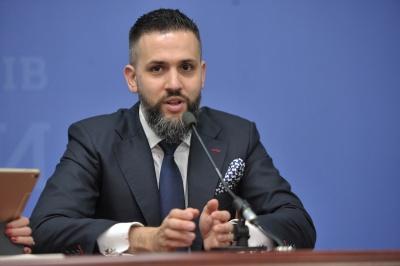 У Зеленського хочуть спростити процедуру звільнення держслужбовців