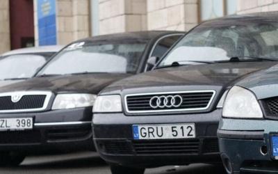 Що буде з євробляхами після 22 серпня: влада пішла на поступки водіям