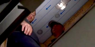 У Львові чотири людини з собакою на шість годин застрягли у ліфті