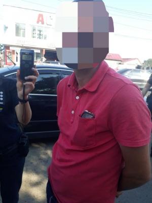 У Чернівцях п'яний водій «буса» вранці врізався у мікроавтобус – фото