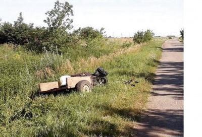 На Буковині загинув чоловік, перекинувшись на мотоблоці