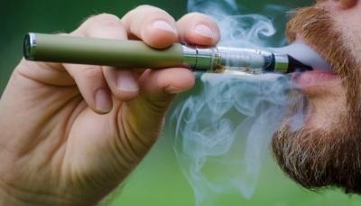 Зареєстрували першу смерть від електронної цигарки
