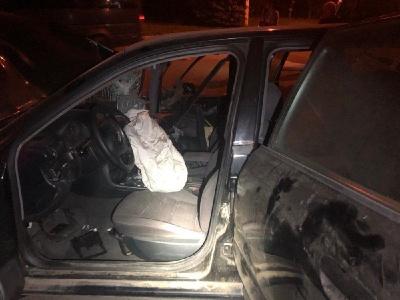 П'яний водій на АUDI A4  у Чернівцях вночі врізався в дерево