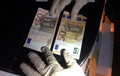 П'яний водій Mercedes хотів за 100 євро підкупити поліцейських у Чернівцях