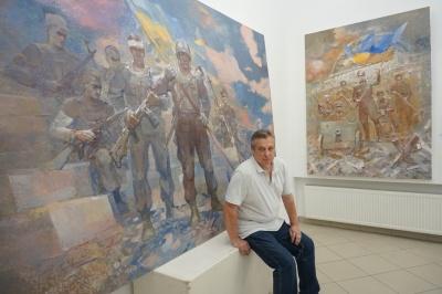 Художник із Чернівців Андрій Холоменюк створює картини українських битв