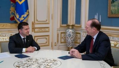 Зеленський підтвердив президенту Світового банку намір провести земельну реформу