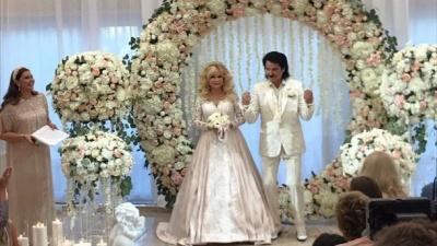 Павло та Марина Зіброви вдруге пішли до вівтаря: весільні фото