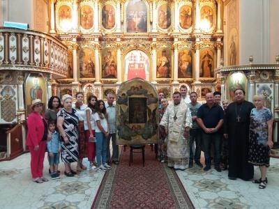 Чернівецька Чудотворна ікона Богородиці їде на реставрацію до Львова