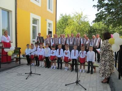 На Буковині відкрили новий корпус дитсадка, який будували шість років