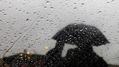 Від завтра в Україні різко похолодає: прогнозують дощі та грози