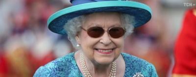 Єлизавета II потролила туристів, які її не впізнали