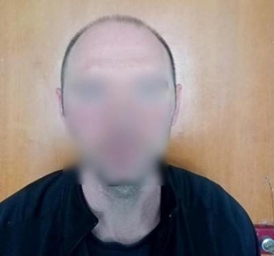 На Буковині чоловік проник у номер готелю і викрав 45 тисяч та мобільний