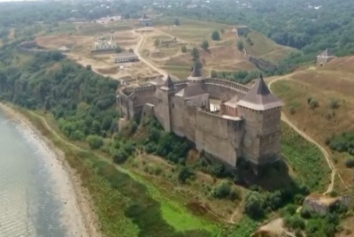 «Історія з дрона»: Хотинську фортецю зняли з висоти пташиного польоту - відео