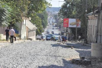 Бешлей розповів, коли закінчать ремонт вулиць Хотинської та Руської в Чернівцях