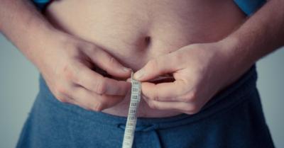 Медики розповіли, чим чоловікам загрожує зайва вага у молодому віці
