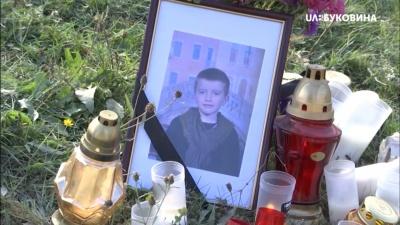 «Купили дитині смерть»: Красноїльськ оговтується від новини про загибель дитини на квадроциклі