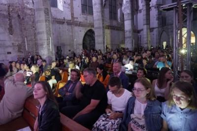 На Meridian Czernowitz зібрали 12 тис грн для костелу «Серце Ісуса»