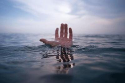 У Дністрі втопився пенсіонер із Чернівців