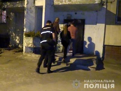 Чоловік задушив рідного брата і сховав тіло на балконі