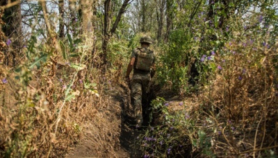 """Окупанти за добу 16 разів порушили """"тишу"""" на Донбасі, є поранений"""