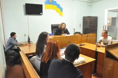 Суд над «живодером» у Чернівцях: засідання перенесли, бо обвинувачений не встиг найняти адвоката