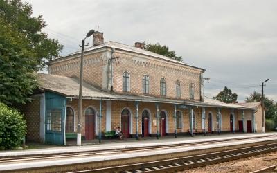 Чернівецька облрада проситиме Укрзалізницю не закривати вантажну станцію у Чудеї