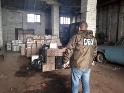 На Буковині «накрили» підпільний бізнес із виробництва і збуту алкоголю і сигарет
