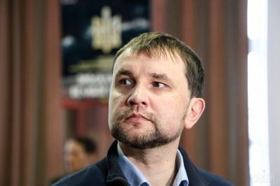 Кабмін звільнив В'ятровича з посади голови Українського інституту національної пам'яті