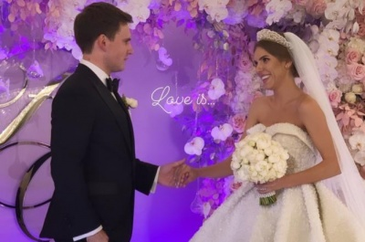 Співачка Ассоль вийшла заміж у сукні вагою понад 20 кг