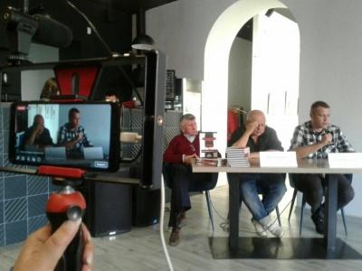 У Чернівцях презентували книжку про утиски свободи слова у Криму