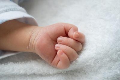 В Індії народилася дитина з 3 руками та 4 ногами