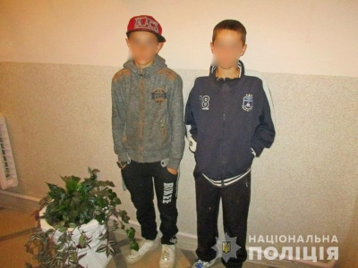 На Буковині поліція затримала двох підлітків, які обікрали пенсіонерку